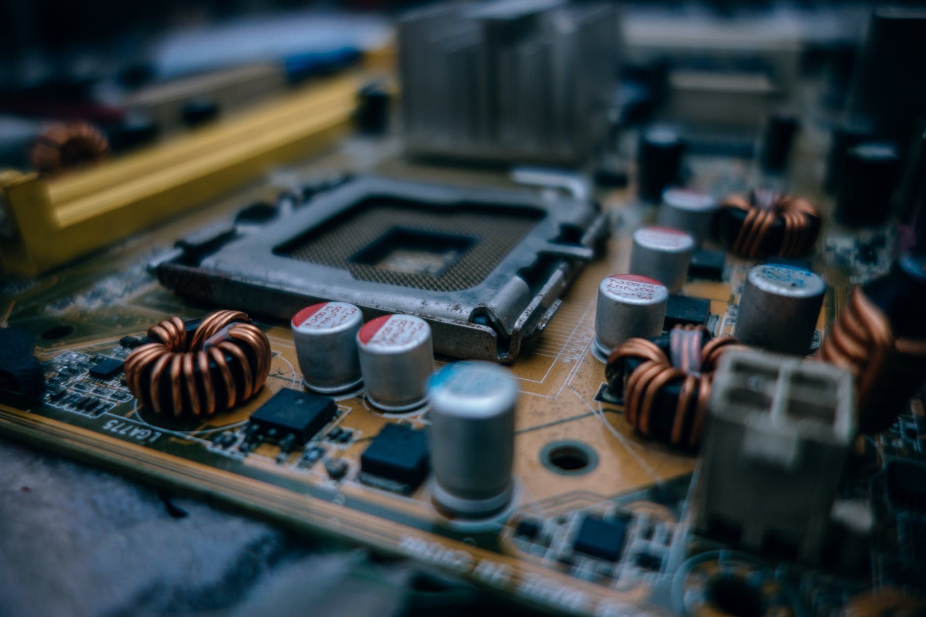selective focus photography of computer motherboard